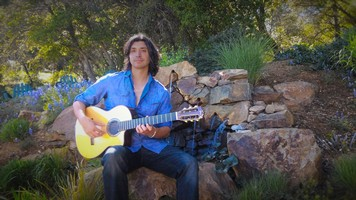 Music in the Courtyard with Jesse Hendricks
